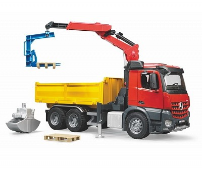 Construction Truck with Crane, Clamshell Buckets (03651)